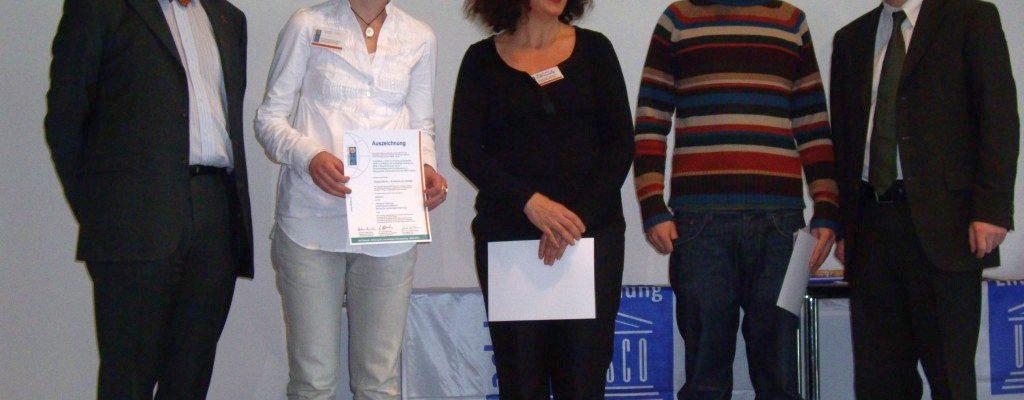 Auszeichnung als Dekade Projekt auf der didakta 2009